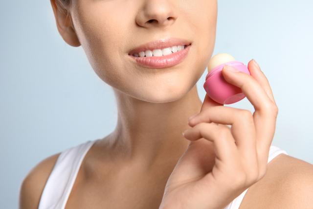 唇のきれいな女性